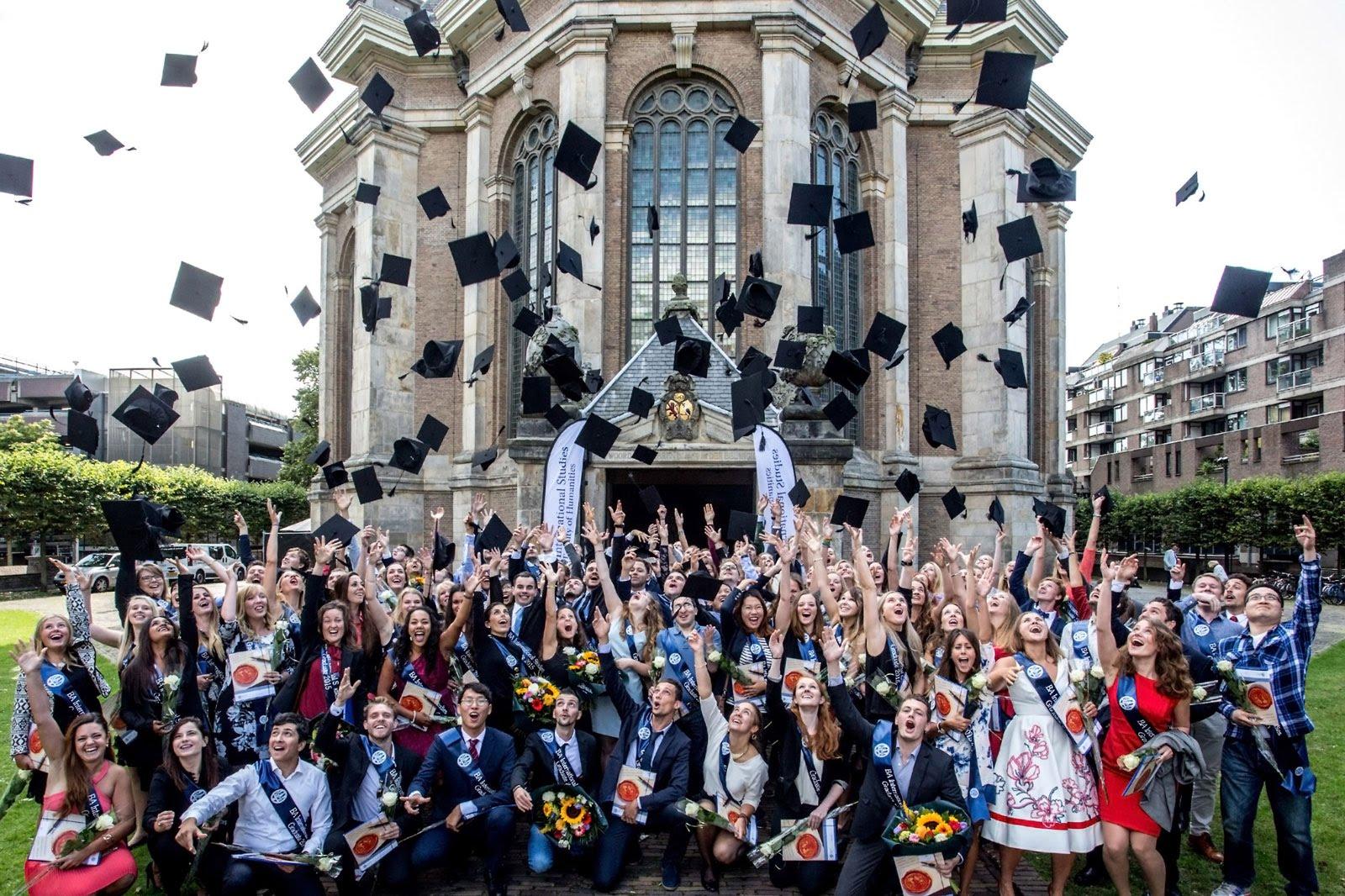 Top 8 trường đại học danh tiếng nhất Hà Lan