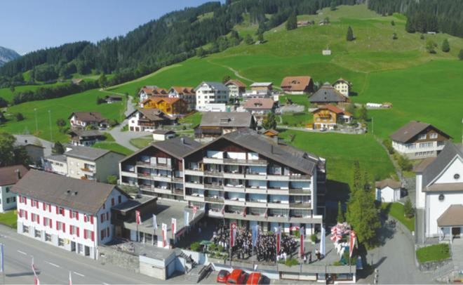 HTMI – thuộc top 5 những ngôi trường đào tạo ngành du lịch khách sạn tốt nhất Thụy Sĩ