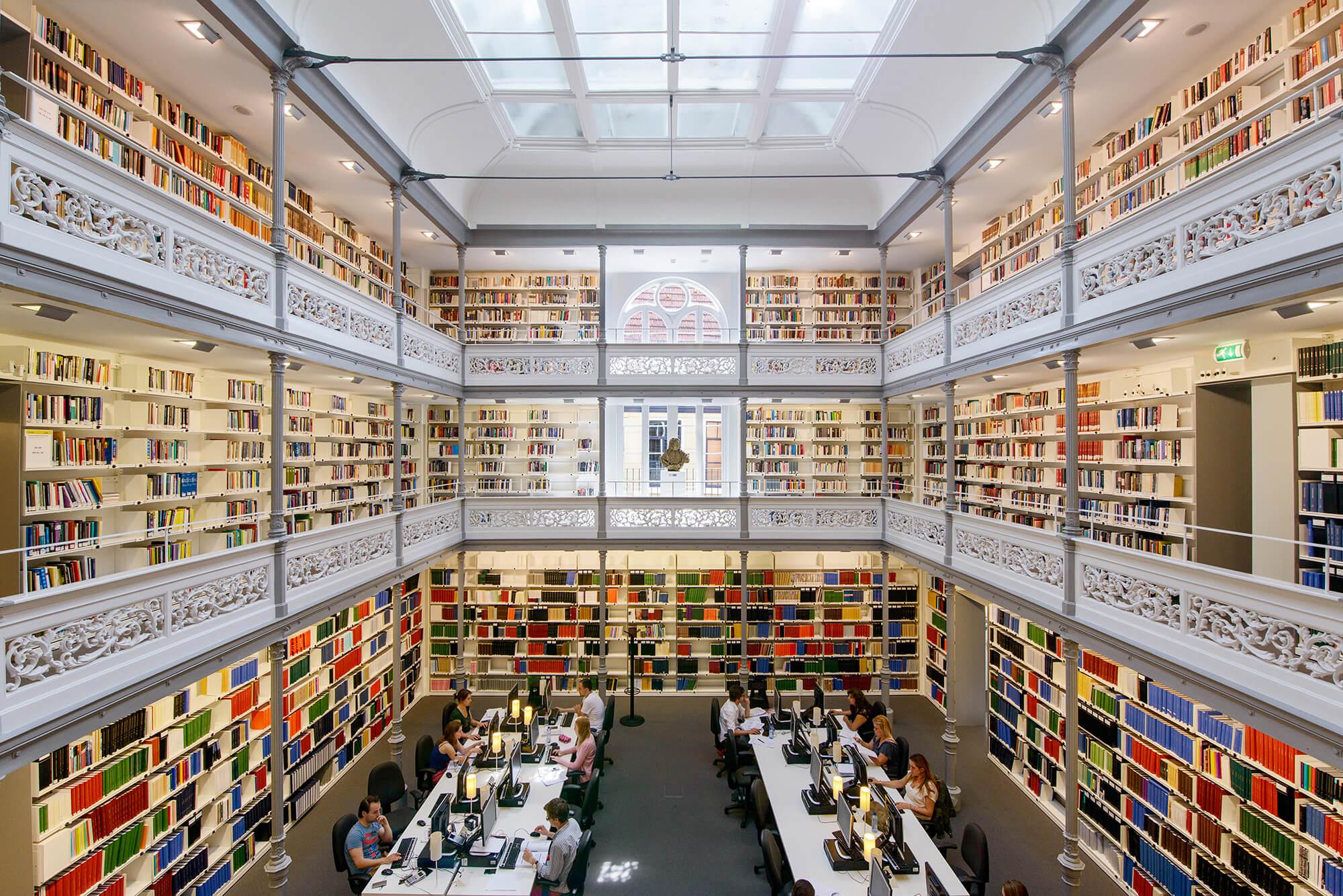Du học Hà Lan: Học bổng lên tới €17.500 đến từ trường Utrecht University